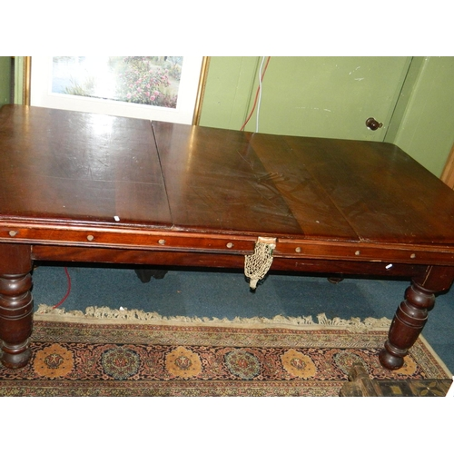 666 - Early 20th century snooker table 39.5