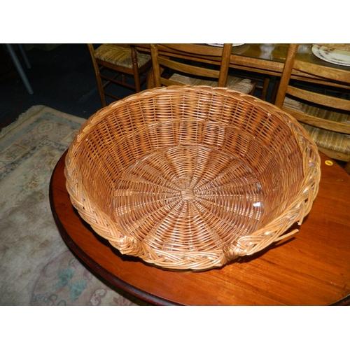 680 - Large wicker pet basket...