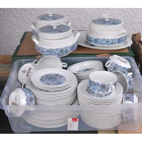 5 - A Spanish CASTILLIAN Collection large dinner service by PONTESA (circa 1970s)...
