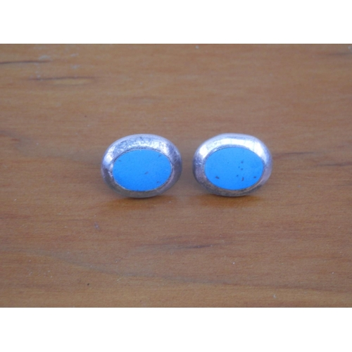 35D - Silver (925) oval turquoise earrings...