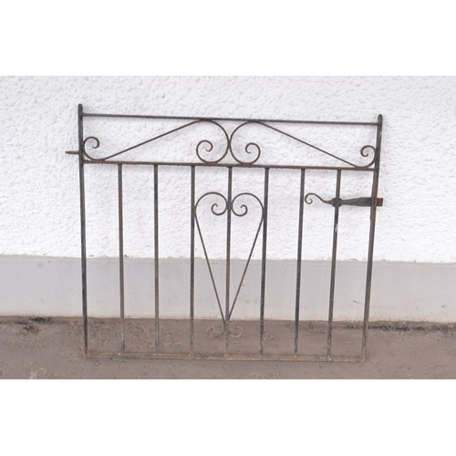 29M - Iron single gate 3ft length approx...