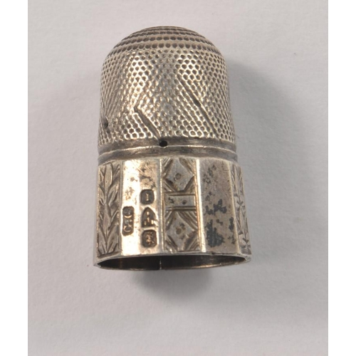 8D - 1892 CHESTER Hallmarked SILVER Thimble with decoration, the thimble has a crack 50mm, but does not d...