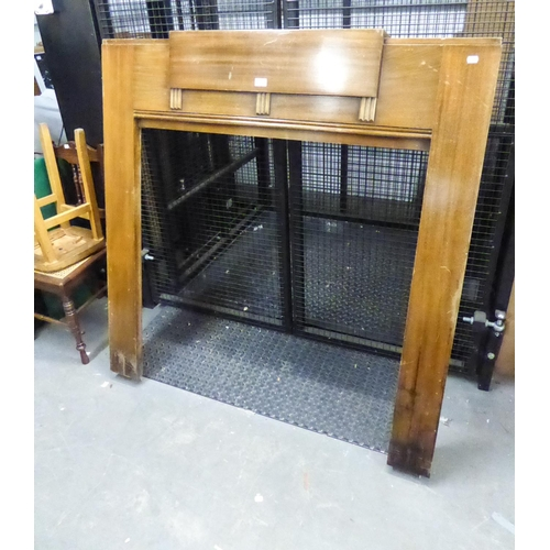 13 - A COMPACT ART DECO VENEER FIRE SURROUND...