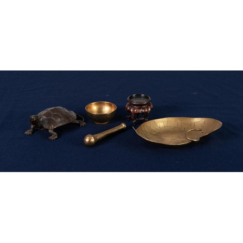 28 - JAPANESE BRONZE MODEL OF A TORTOISE 4.25