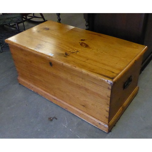 257 - VICTORIAN PINE BEDDING BOX WITH CANDLEBOX AND DRAWER TO THE INTERIOR...