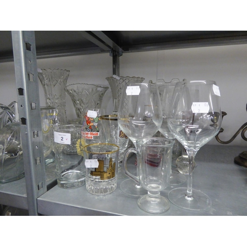 32 - A STUDIO GLASS BALUSTER VASE, DRINKING GLASSES AND OTHER GLASS WARE