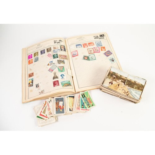 33 - LOOSE COLLECTION OF EARLY 20th CENTURY, MAINLY UNUSED POSTCARDS, mainly colour printed topographical...