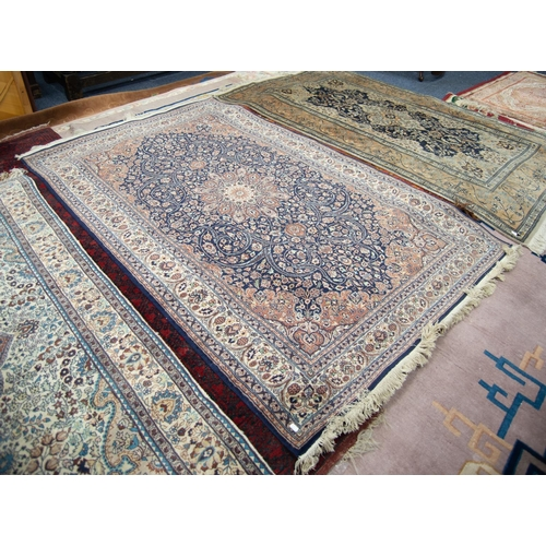 10 - FINE QUALITY PAKISTAN KASHAN PATTERN FINELY KNOTTED RUG with intricate circular petal pattern centre...