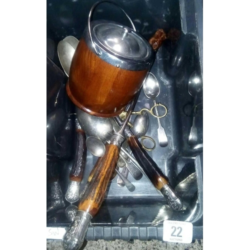22 - CARTON WITH WOODEN BISCUIT BARREL, CORK SCREW, BONE HANDLED CARVING SET & PLATED SPOONS...