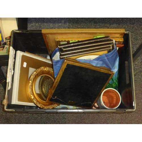 558 - Large collection of picture frames and other...