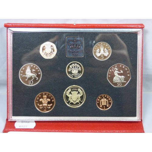 114 - Boxed 1986 United Kingdom Proof Coin Collection...