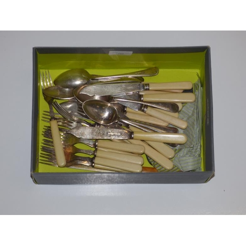 162 - Collection of Vintage bone handled silver plate cutlery...