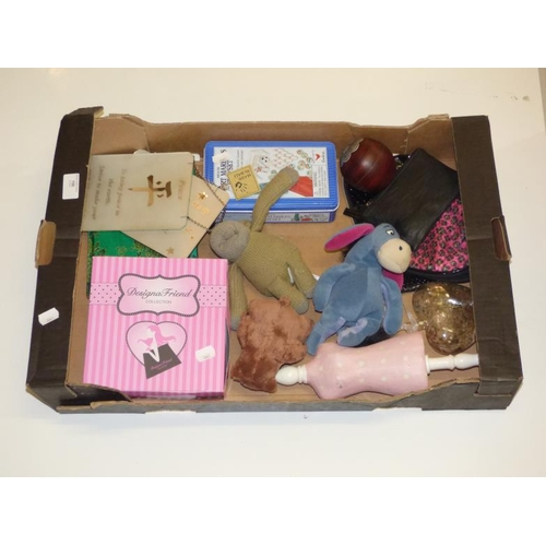 190 - Mixed collectors lot including Marbles playset and eeyore...