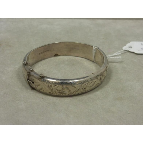 32 - Henry Griffith and Sons Birmingham Silver Hallmarked Bangle...