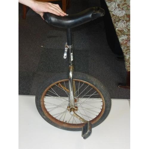 431 - Unicycle...