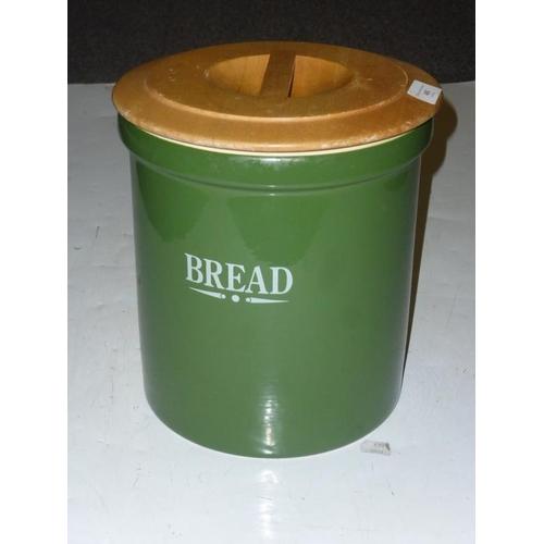 480 - Retro bread bin...