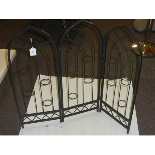 489 - Metal candle holder screen...