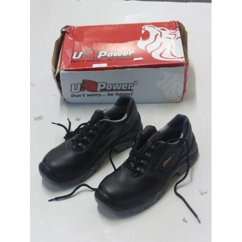 506 - UPower size 9 steel toe cap boots (BRAND NEW)...