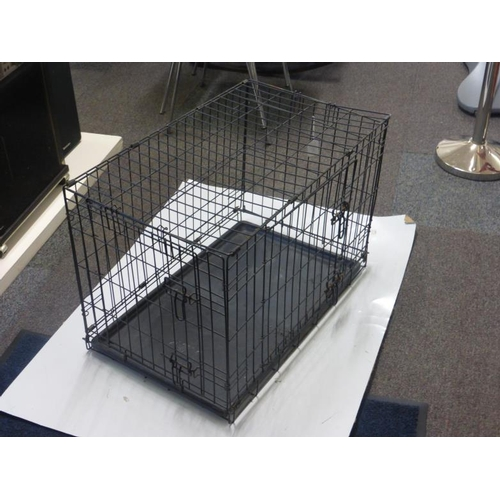 509 - Medium sized metal dog cage...