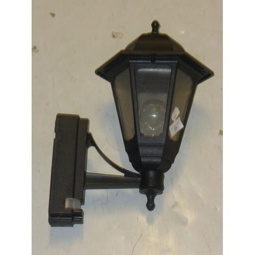 538 - External coach lantern with built in PIR...