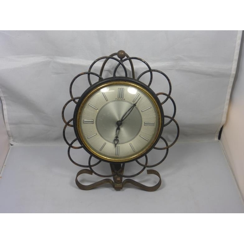 6 - Vintage Ornate metal Fortuna mantle clock...