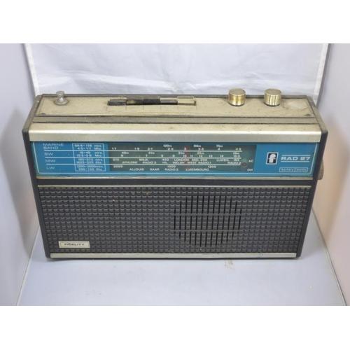 69 - Fidelity Rad27 vintage radio...