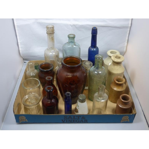 222 - Selection of vintage bottles...