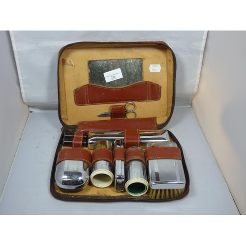 283 - Vintage Gentlemens Travel Grooming Kit...