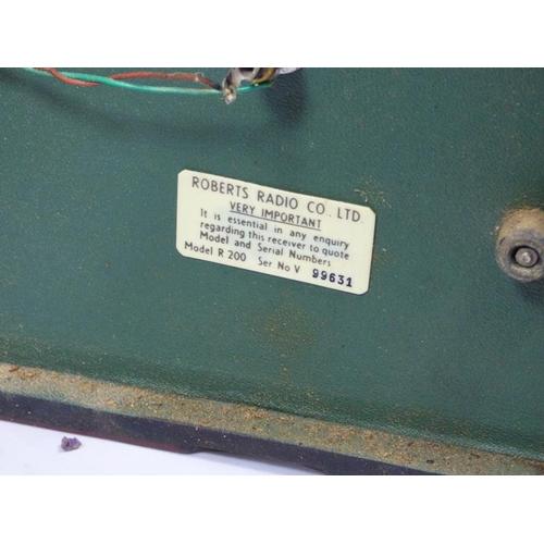 284 - Roberts Model R200 Transistor Radio...