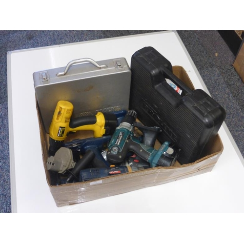 610 - Mixed selection of drills includes Ryobi, Makita, Black and Decker and other...