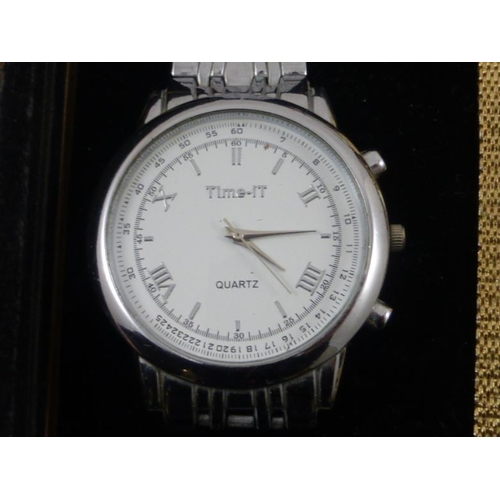 59 - Mixed Tray of Ladies and Gents Watches Including Stirling,Sekonda, Timex and Lots More