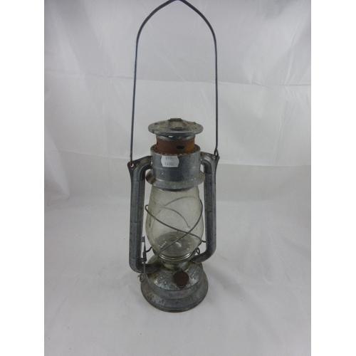 Vintage Meva 865 Chalwyn Paraffin Lamp