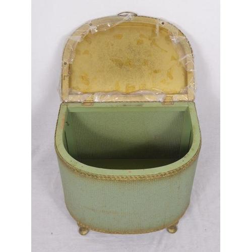 34 - Small Lloyd Loom Style Bedding Box (19
