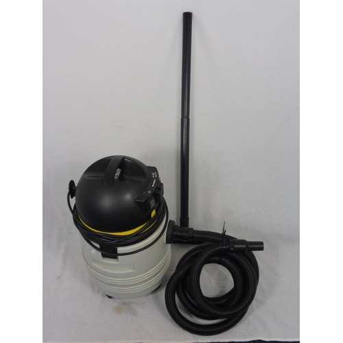 7 - Lavor GN-32 Wet and Dry Vacuum Cleaner...