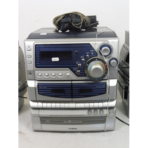 18 - Goodmans Stereo CD / CASSETTE RADIO WITH RECORD DECK With Speakers...