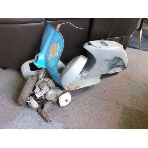 471 - Piaggio Vespa 150 Super Sprint 1978 comes complete with information from The British Lambretta Archi...