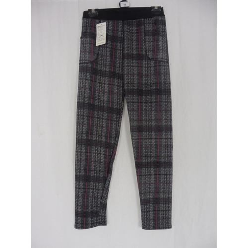 13 - Boyannvku Womens Plaid Pants size 28''...