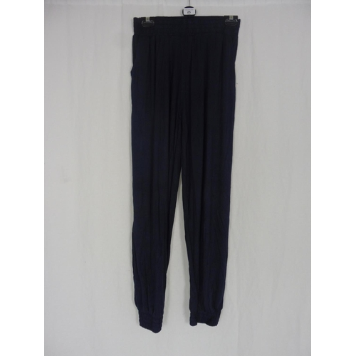 18 - Womens Navy Blue Baggy Sweatpants size 28''...