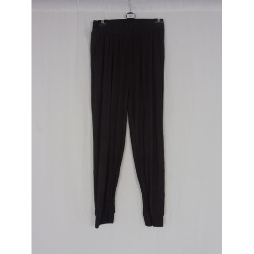 20 - Womens Brown Baggy Sweatpants size 28''...