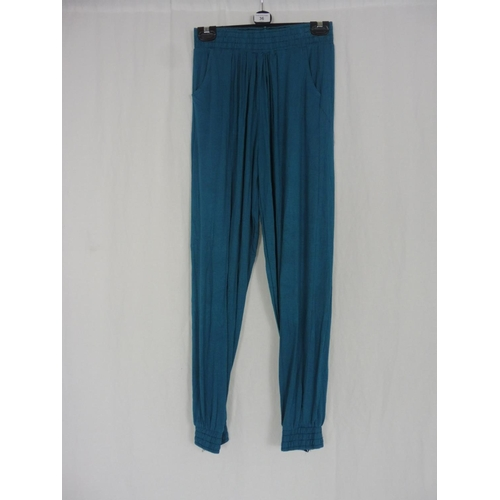 28 - Womens Turquoise Baggy Sweatpants size 28''...