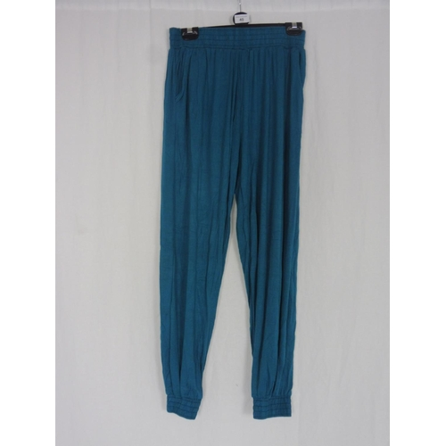 32 - Womens Turquoise Baggy Sweatpants size 28''...