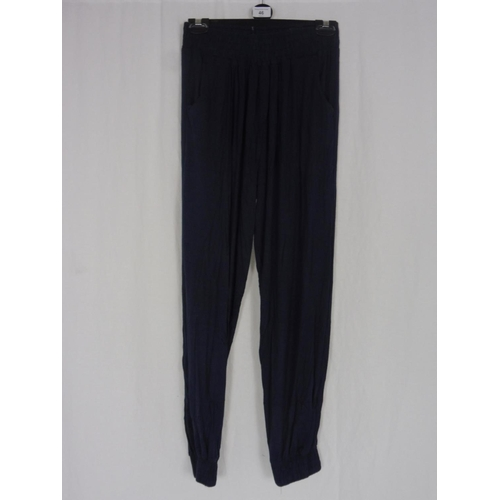 38 - Womens Navy Blue Baggy Sweatpants size 26''...