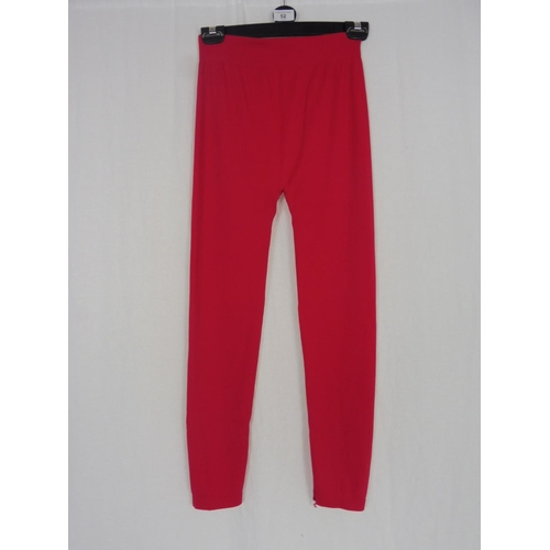 41 - Womens Pink Leggings size 24''...
