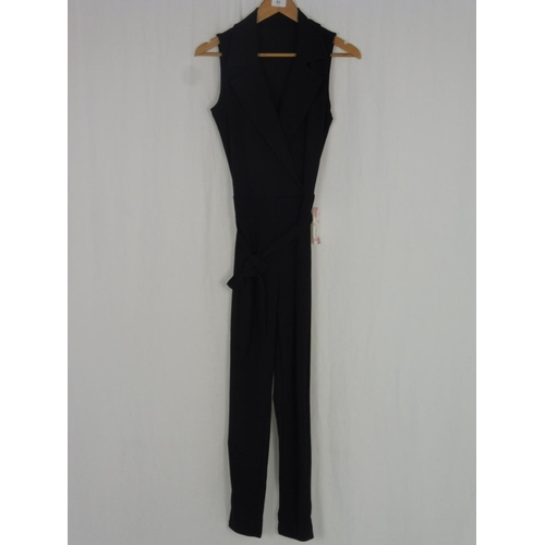 43 - Made In Italy Unsized Womens Black Pantsuit...