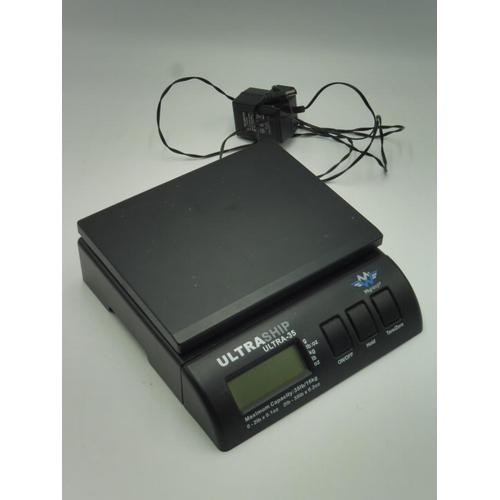 14 - UltraShip Ultra-35 Weighting scales complete with power lead...