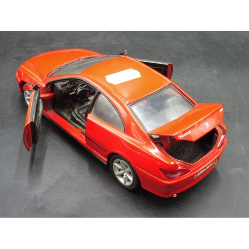 11 - 1:24 Scale Peugeot 406 Coupe...