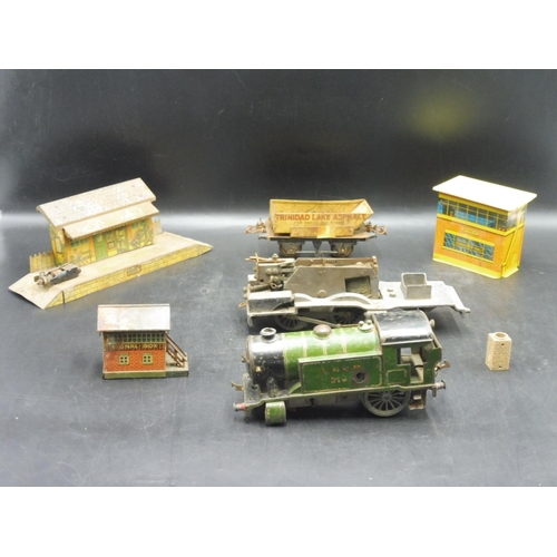 23 - Vintage Hornby O Gauge Tinplate Meccano Clockwork Train Engine, Signal box Small and Large Rolling S...
