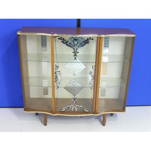 97 - Vintage Glass Display Cabinet with Two Glass Shelf's,Glass Door and Built in Light (Working When Tes...