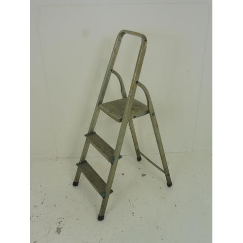 125 - Two Rung Aluminium Step Ladder...