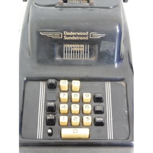 118 - 1940's Bakelite Underwood Sunstrand adding machine...